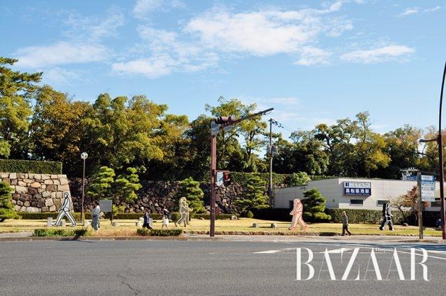 줄리언 오피(Julian Opie), '은행가, 간호사, 탐정, 변호사', 2014, Photo: Akira Takahashi