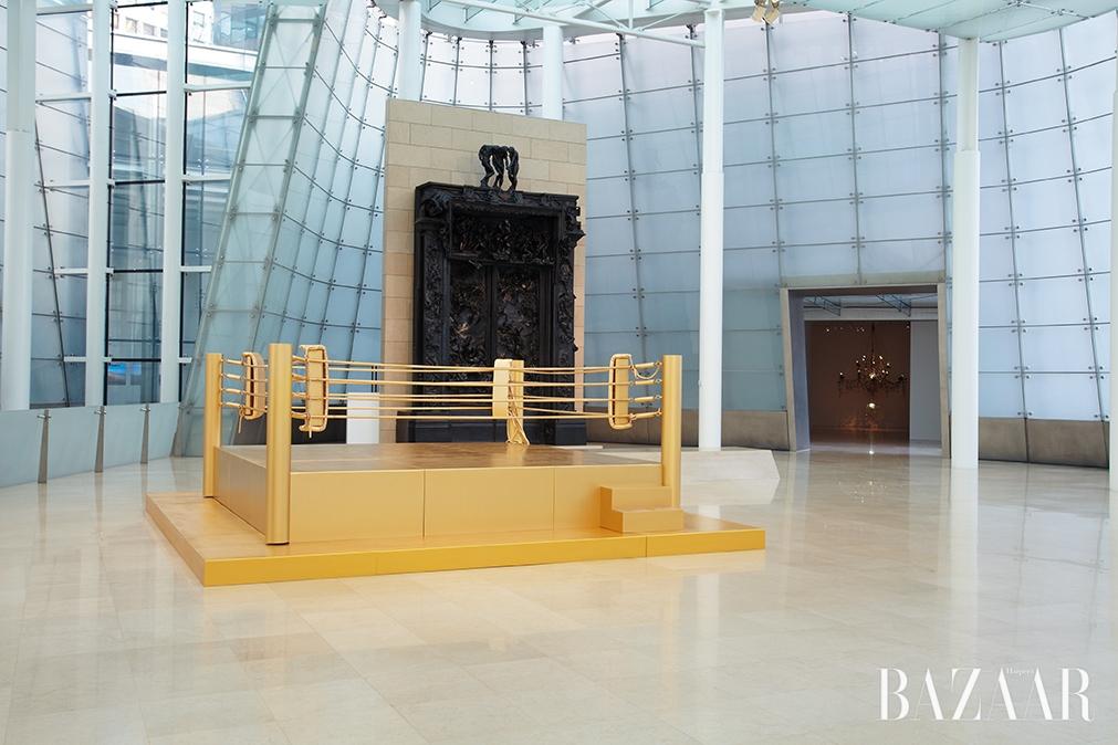 '황금 링-아름다운 지옥', 2012, 플라토 전시 전경