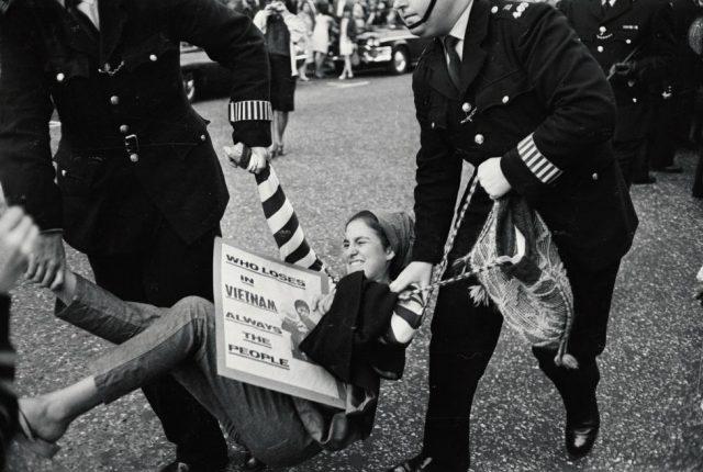 1966년 런던에서 열린베트남 전쟁 반대 시위