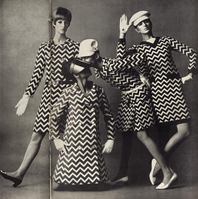 제임스 무어(James Moore)가촬영한 1966년 3월호  화보.