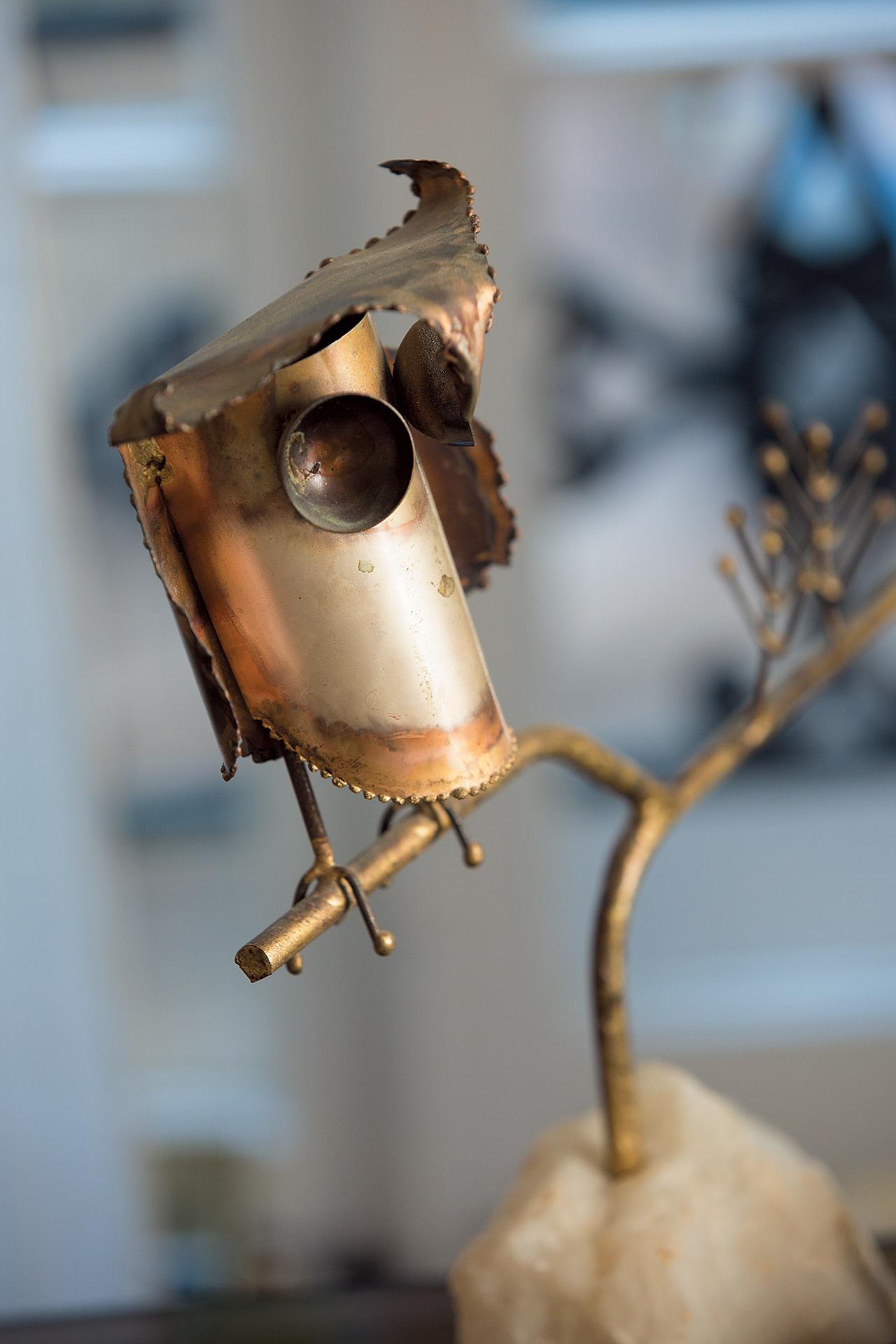 그녀의 메탈주(Metal-Zoo) 컬렉션에서 선보인 부엉이