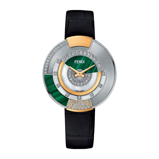 폴리크로미아 시계는 Fendi