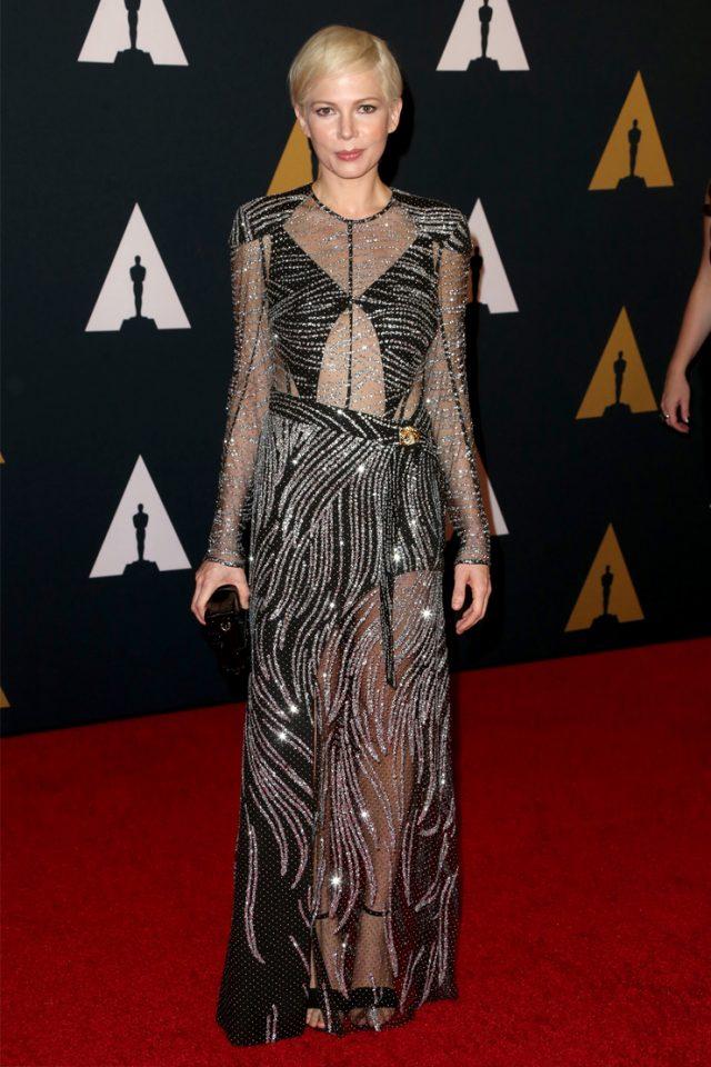 루이비통 드레스를 입은 미셸 윌리엄스