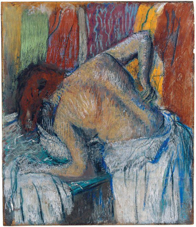 에드가 드가, '등을 씻는 여자(Femme S'épongeant le Dos)', circa 1895, 판지 위 종이에 파스텔, 70×60cm ©droit réservés