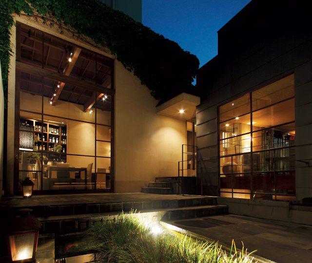 레스토랑 히가시야마 도쿄의 밤 풍경