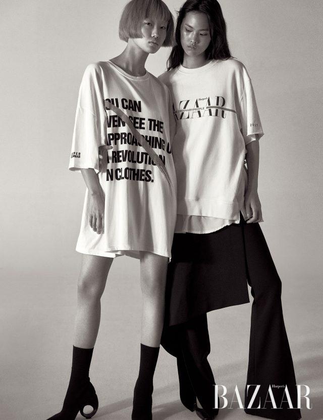 왼쪽부터) 박시한 실루엣과 볼드한 타이포그래피, 페인트를 뿌린 듯한 프린트 기법이 조합된 티셔츠는 Supercomma B, 구조적인 힐이 장착된 부츠는 1백35만원으로 Burberry 제품.헴라인에 셔츠 디테일을 가미한 티셔츠는 Ordinary People, 랩 스커트가 레이어드된 팬츠는 40만원대로 Solace London by Net-A-Porter, 웨지 힐 펌프스는 가격 미정으로 Cos 제품.