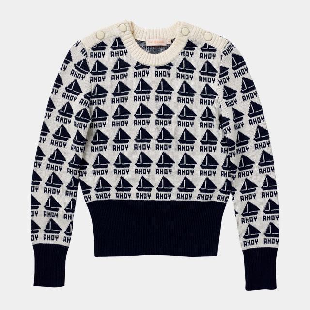 귀여운 요트 모티프가 담긴 스웨터는 51만8천원으로 Tory Burch