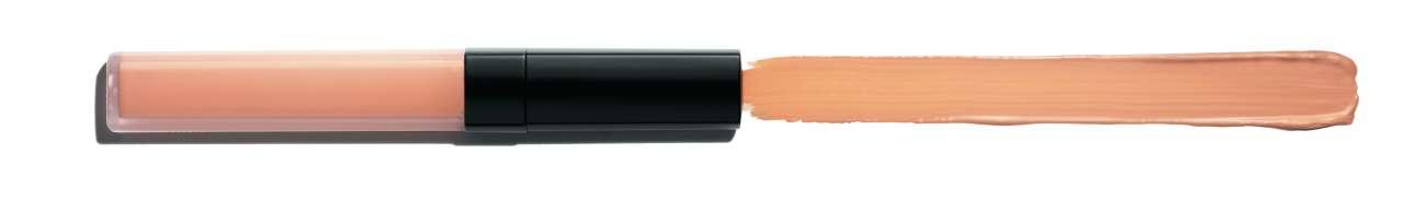 Chanel 르 꼬렉떼르 드 샤넬 로제 피부의 미세한 주름은 물론 다크서클을 커버해주고, 화사한 복숭아 컬러가 지친 피부와 눈가를 생기있게 밝혀주는 컬러 코렉터. 크리미한 텍스처가 부드럽게 녹아 벨벳처럼 마무리된다. 4만7천원.
