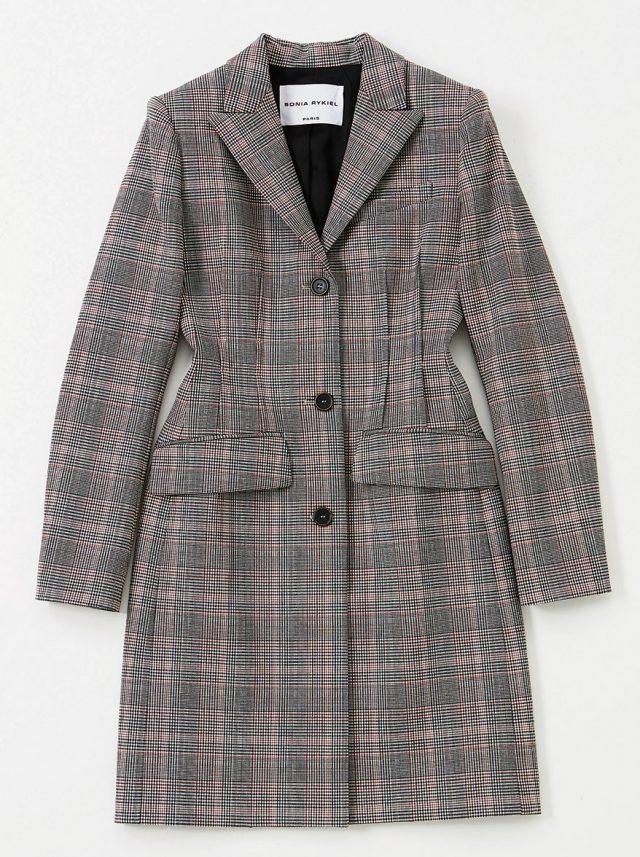 허리에 코르셋 기법이 적용된 코트는 2백58만원으로 Sonia Rykiel