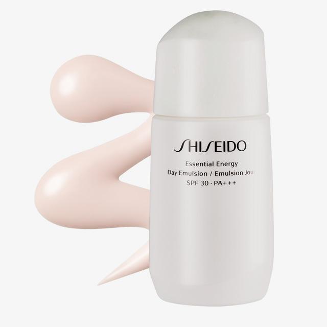 Shiseido 에센셜 에너지 데이 에멀전 SPF 30/ PA+++ 5만9천원.