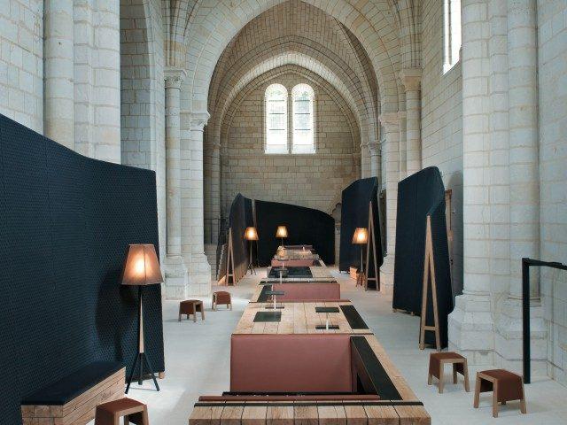 퐁테브로 수도원 안에 위치한 미쉐린 원 스타 레스토랑, 티보 루제리.