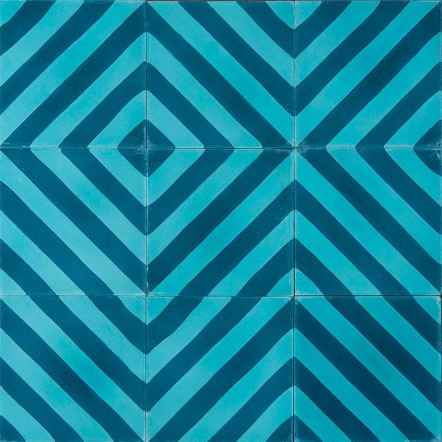 사선 스트라이프 패턴이 시원해 보이는 타일은 Marrakech Design