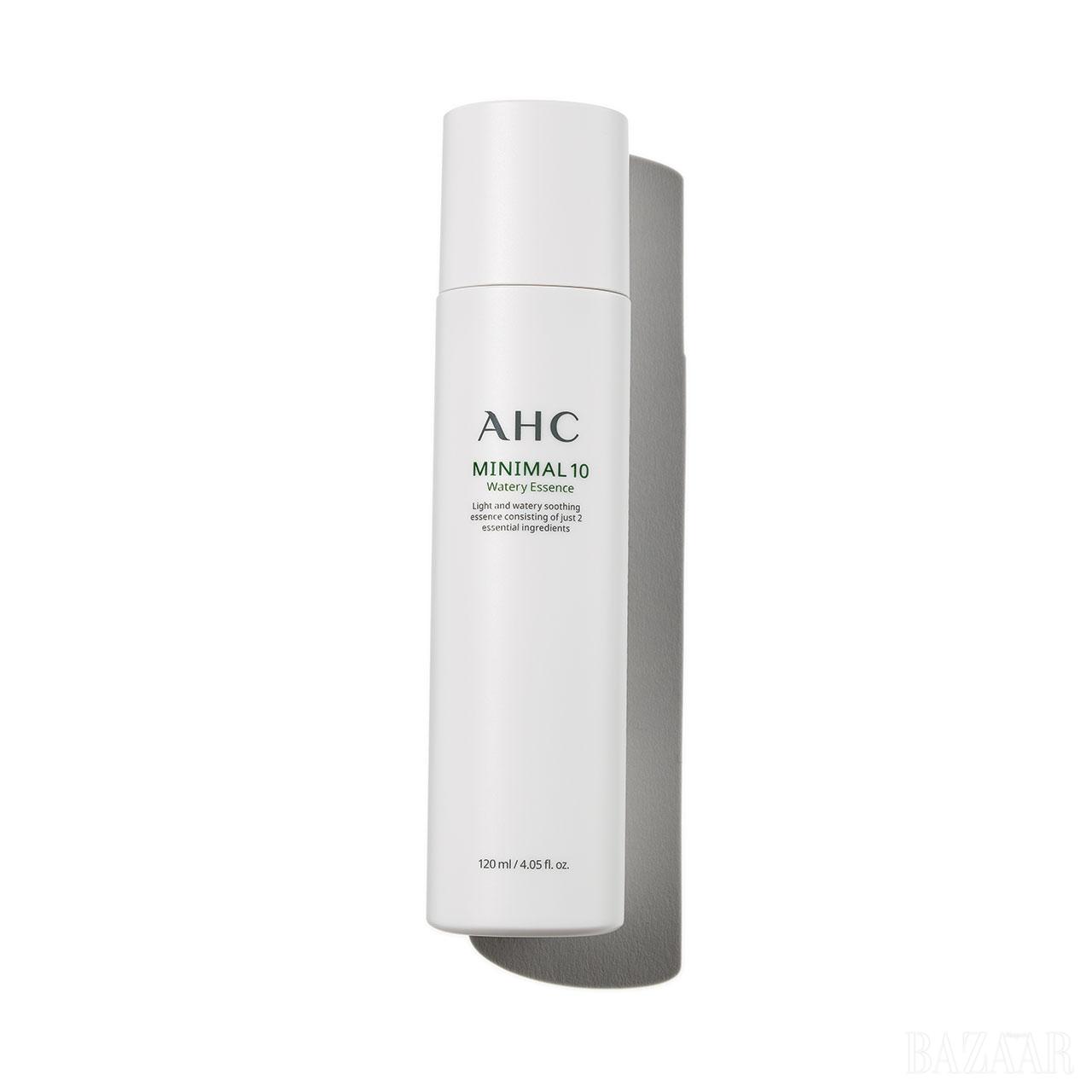 Ahc 미니멀 10 워터리 에센스 병풀 추출물 순수 원액을 포함한 단 2가지 성분으로 피부 본연의 힘을 강화해준다. 3만2천원.