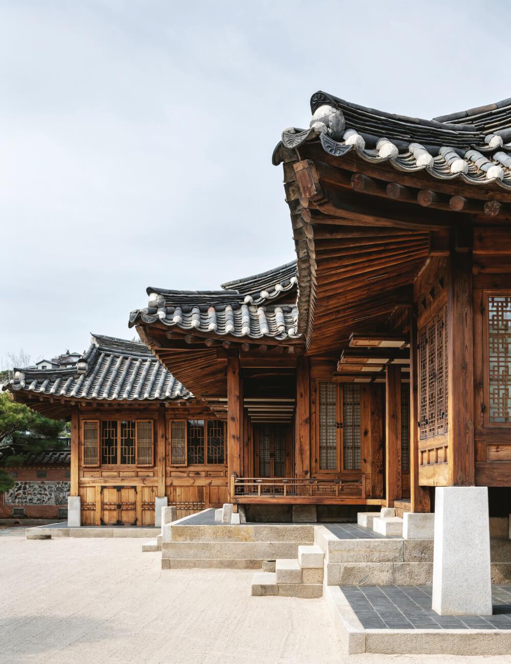 조선시대 마지막 왕비 순정효황후의 사가를 옮겨온 사대부집.