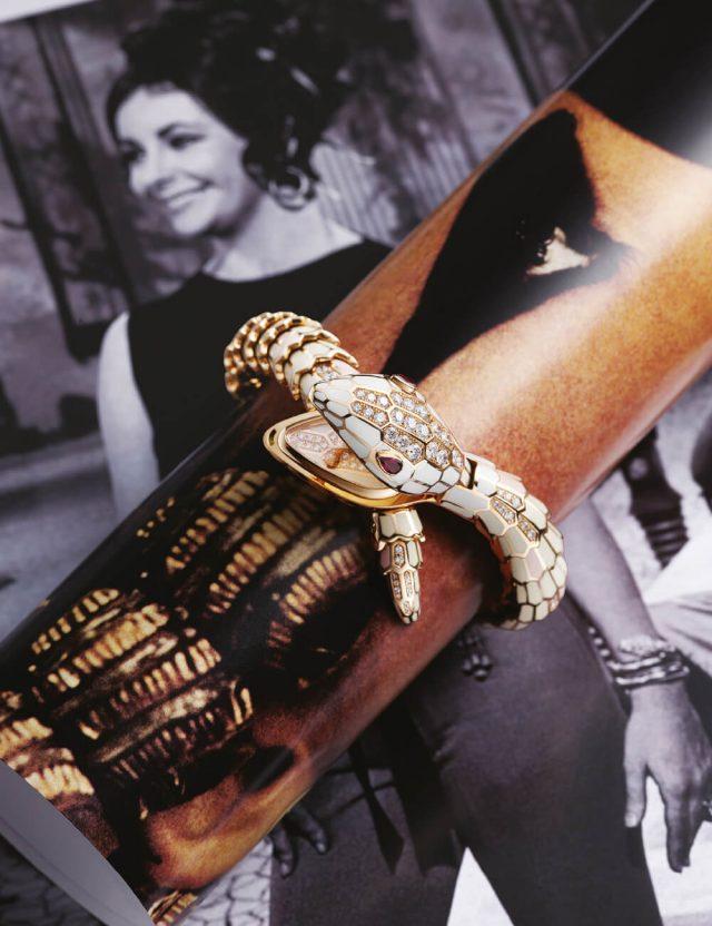 뱀 모티프의 '세르펜티 시크릿' 시계는 가격 미정 Bvlgari.