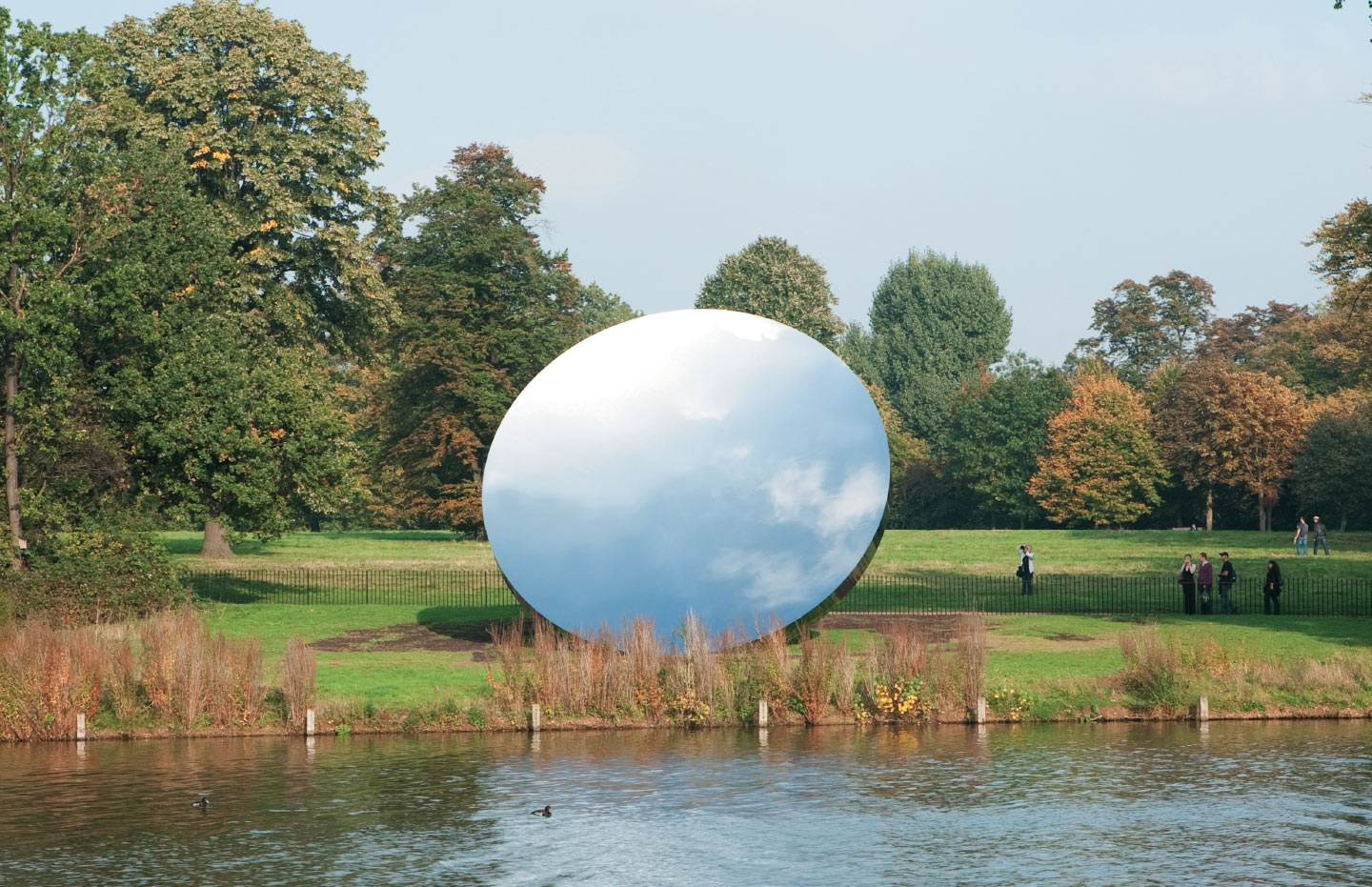 'Sky Mirror', 2006 Stainless Steel, Diameter 10m, Kensington Gardens, 2010-11 Photo: Tim Mitchell