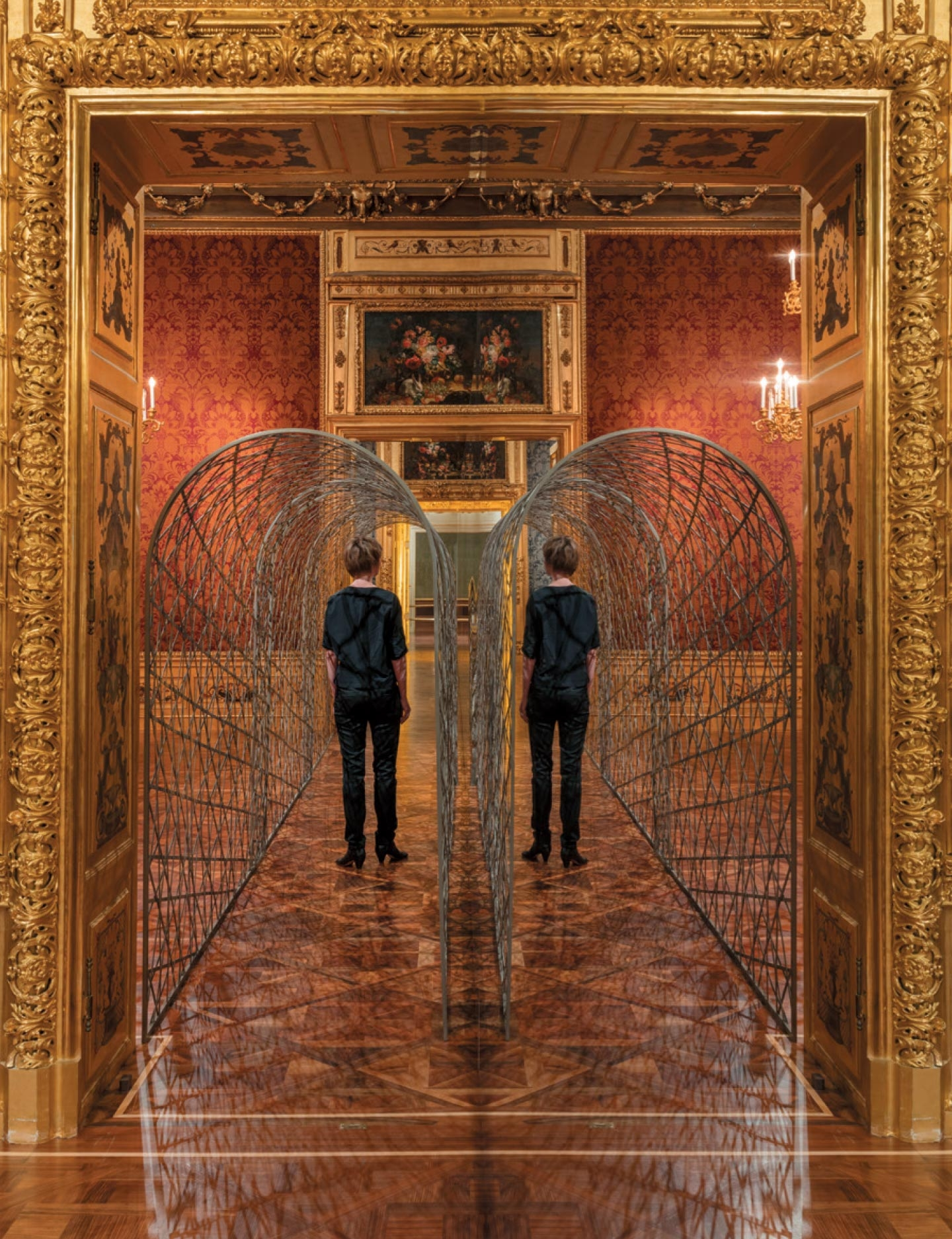 <strong>'Fivefold tunnel'</strong>, 2000, Stainless steel, 2,20×1,10×11m, The Winter Palace of Prince Eugene of Savoy, Vienna 2015, Photo: Anders Sune Berg, Courtesy of Thyssen-Bornemisza Art Contemporary Collection, Vienna © Olafur