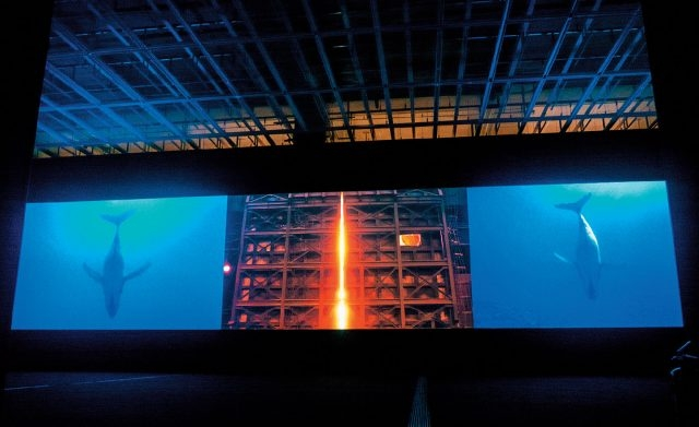 국립현대미술관 설치 전경, '철의 꿈', 3채널 영상, 설치, 2014