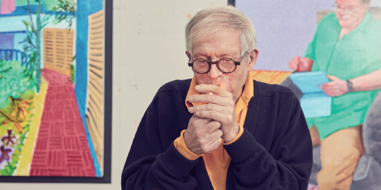 1960년대에 명성을 얻기 시작해 지금까지도 '레전드'로 불리는 데이비드 호크니(David Hockney)는 늘 자신만의 길을 걸어왔다. 영국 왕립미술원에서 선보일 새 전시에 앞서 그의 L.A. 집에서 작업의 즐거움과 초상화, 죽음을 예상하는 일 그리고 코카인보다는 창조성이 우리를 행복하게 만들어주는 이유에 대해 이야기를 나눴다.