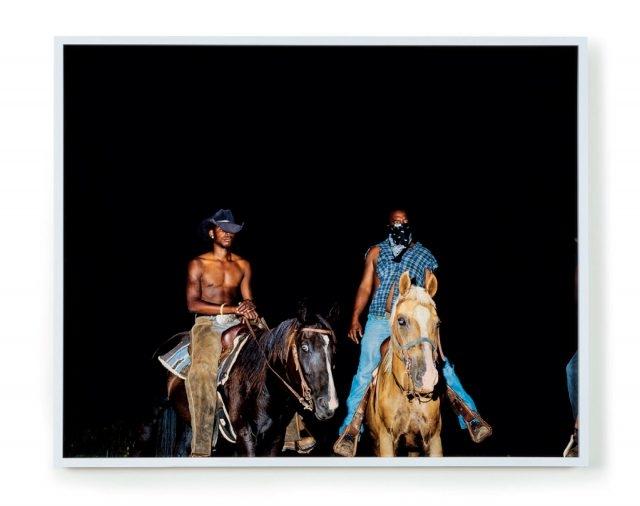 언더그라운드 뮤지엄에서 2017년 3월까지 열리는 'Nonfiction' 전에서 선보인 떠오르는 흑인 여성 사진가 디아나 로슨의 작품(Courtesy of The Museum of Contemporary Art, Los Angeles. Photo: Justin Lubline)