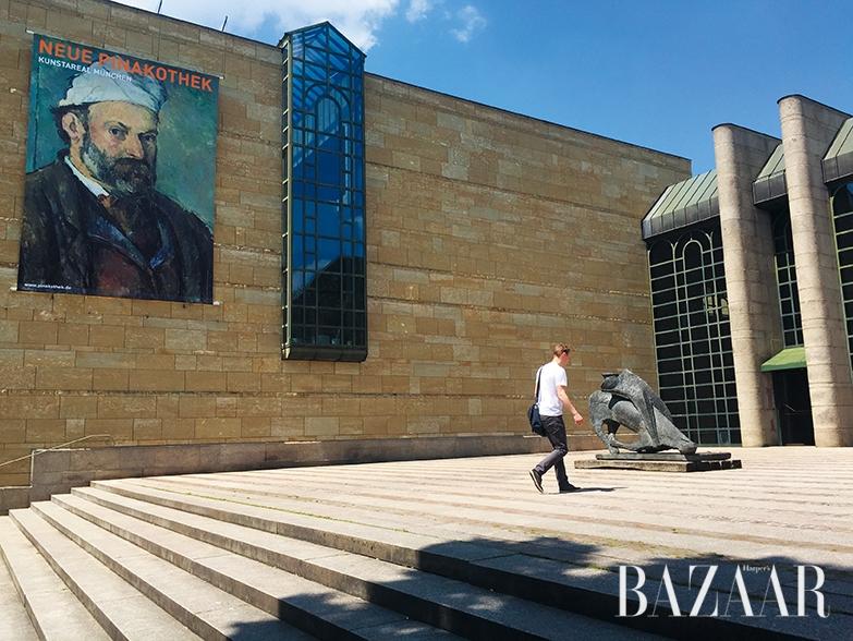 18세기 말부터 20세기 초반의 유럽 미술품을 소장하고 있는 노이에 피나코테크