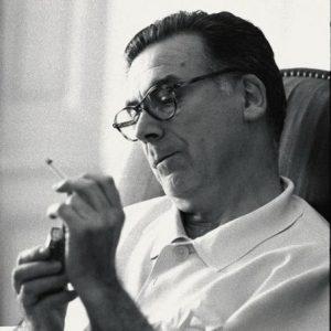 1959년 파리 근교 자택에서 크리스토벌발렌시아가
