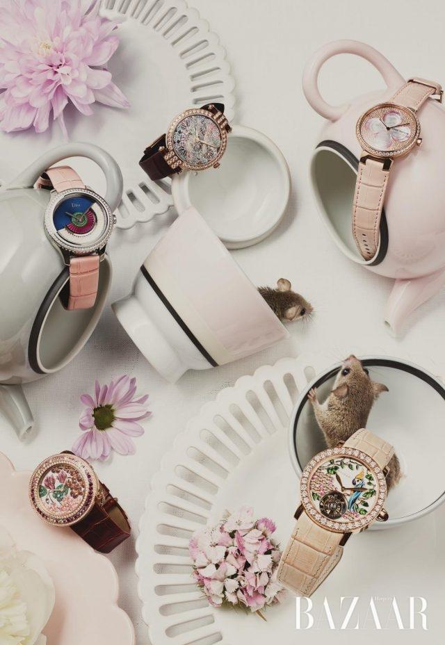 (위부터) 다이얼 위에 정교하게 그려넣은잎사귀 모티프가 돋보이는시계는 Harry Winston,네잎클로버의 자개 디테일이가미된 시계는 Louis Vuitton,디올의 쿠튀르 드레스에서영감을 얻어 탄생된 시계는5천만원대로 Dior,다채로운 꽃 모티프가 로맨틱한느낌을 주는 시계는 Van Cleef & Arpels,꽃나무와 앵무새그림이 새겨진 투르비용시계는 Bulgari