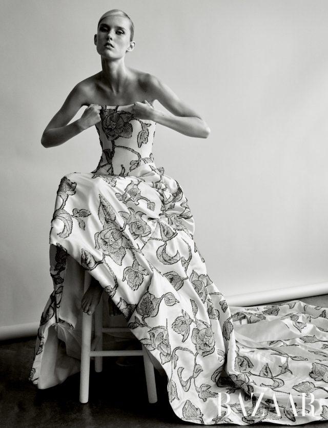 2010년 S/S 브라이덜 컬렉션의 드레스.