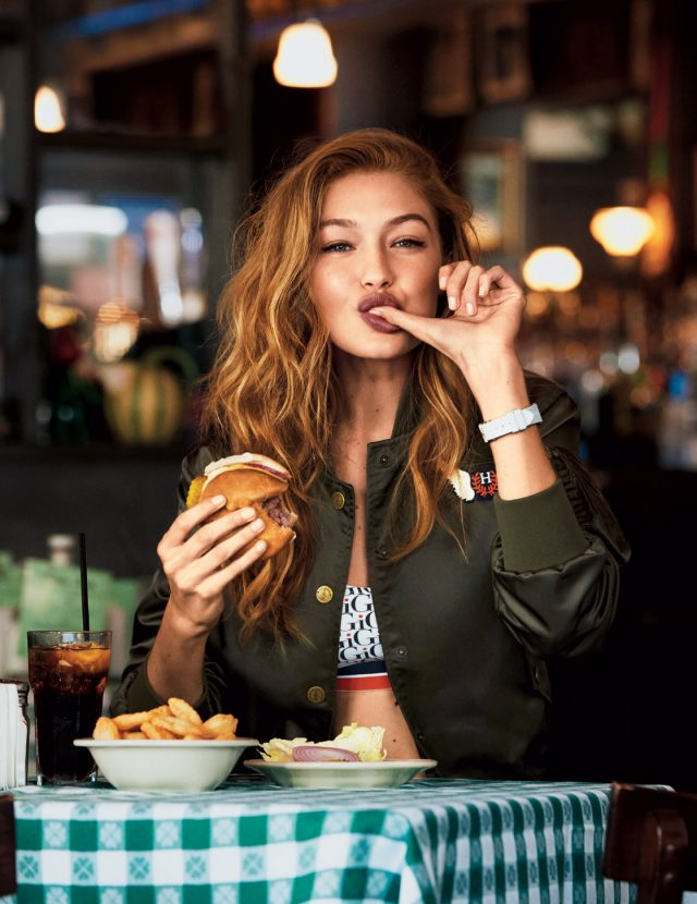 지지 하디드의 24시간, A Day in the Life of Gigi Hadid - Harper's BAZAAR Korea 2016년 12월