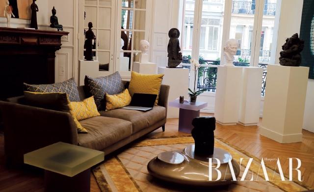마그다 단츠 갤러리는 전시 공간을 컬렉터의 아파트로 꾸몄다