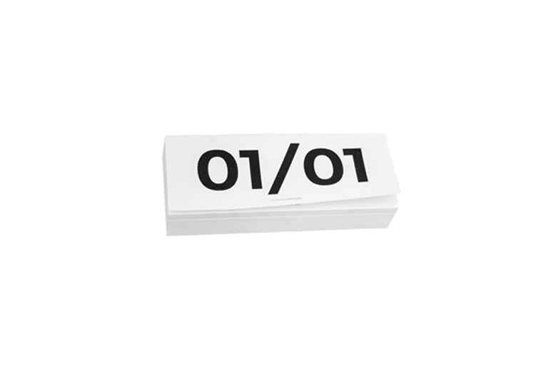 새로운 다이어리를 펼쳐야 할 때! 첫 장에 첫 글자를 쓸 때의 신중하고 산뜻한 기분으로.