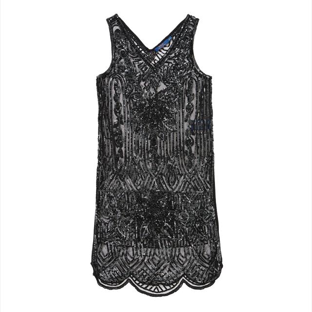 스팽글 장식의 시스루 드레스는 85만9천원으로 Polo Ralph Lauren