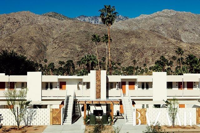 사막 한가운데에 위치한 에이스 호텔 & 스윔 클럽