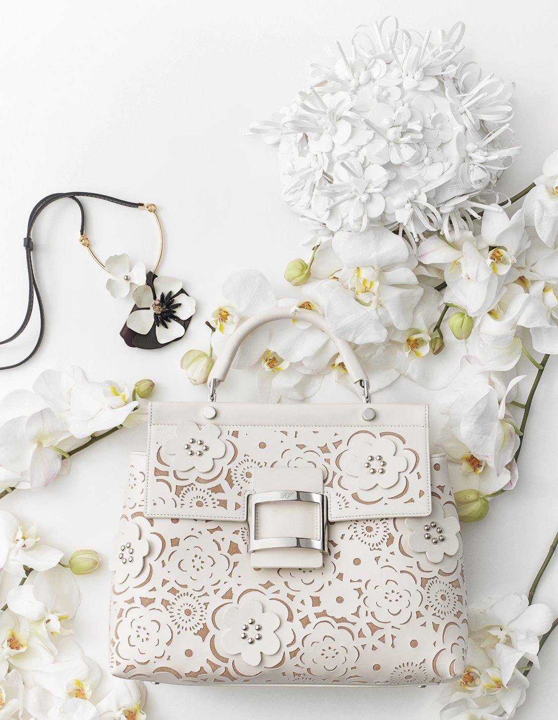 White Blossom - 하퍼스 바자 코리아 2017년 3월호