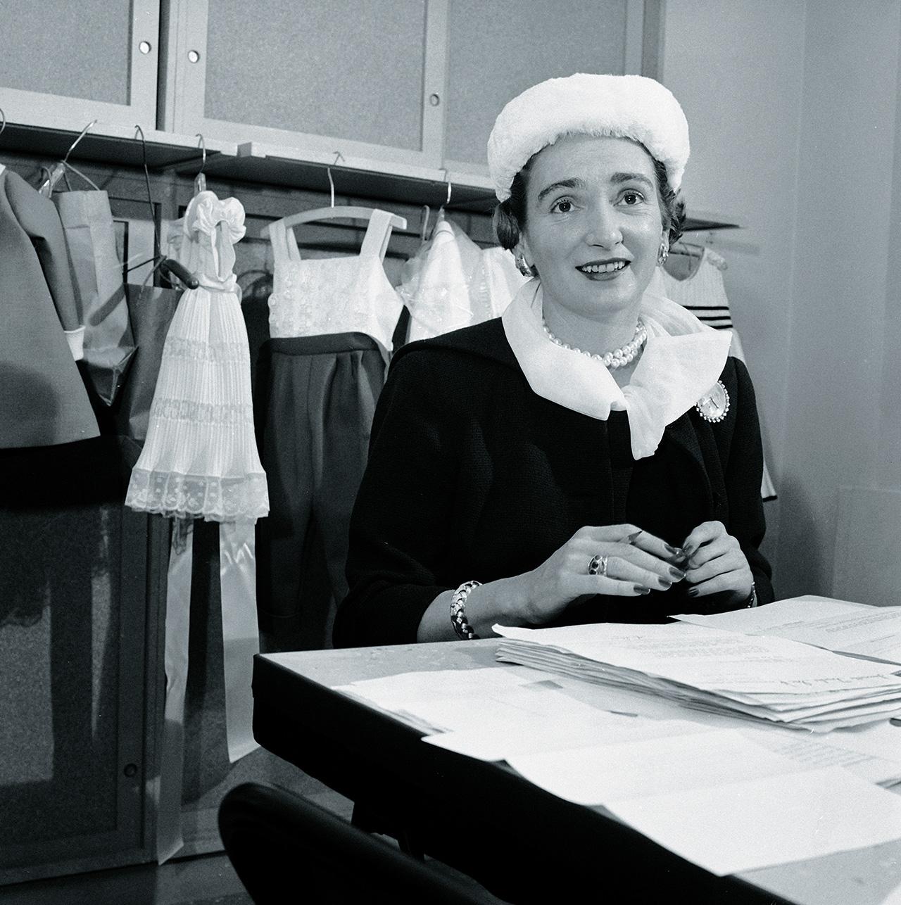 1958년부터 1971년까지 <바자> 미국판 에디터였던 낸시 화이트