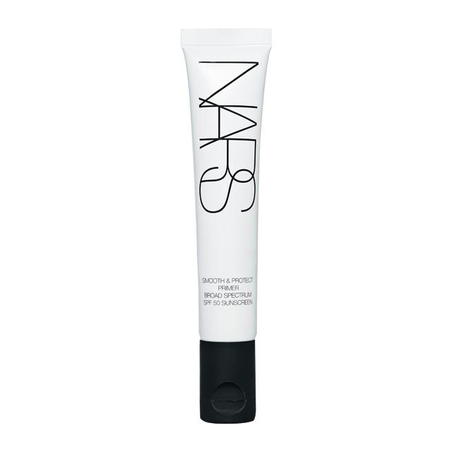 Nars 스무드 & 프로텍트 프라이머 황산화를 예방하고 오염 물질로부터 피부를 보호하는 인비저블 디펜스 테크놀로지와 자외선 차단 효과를 갖춘 스마트한 아이템. 30ml, 5만원