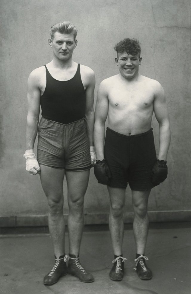 어거스트 샌더(August Sander), 'Boxers', 1929, Gelatin silver print, 80.2×60cm, Courtesy of Julian Sander