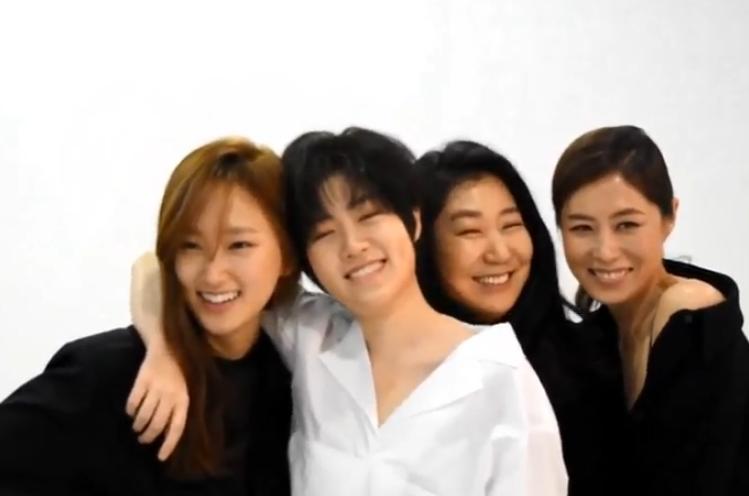 영화 <특별시민> 여배우들의 특별한 만남.