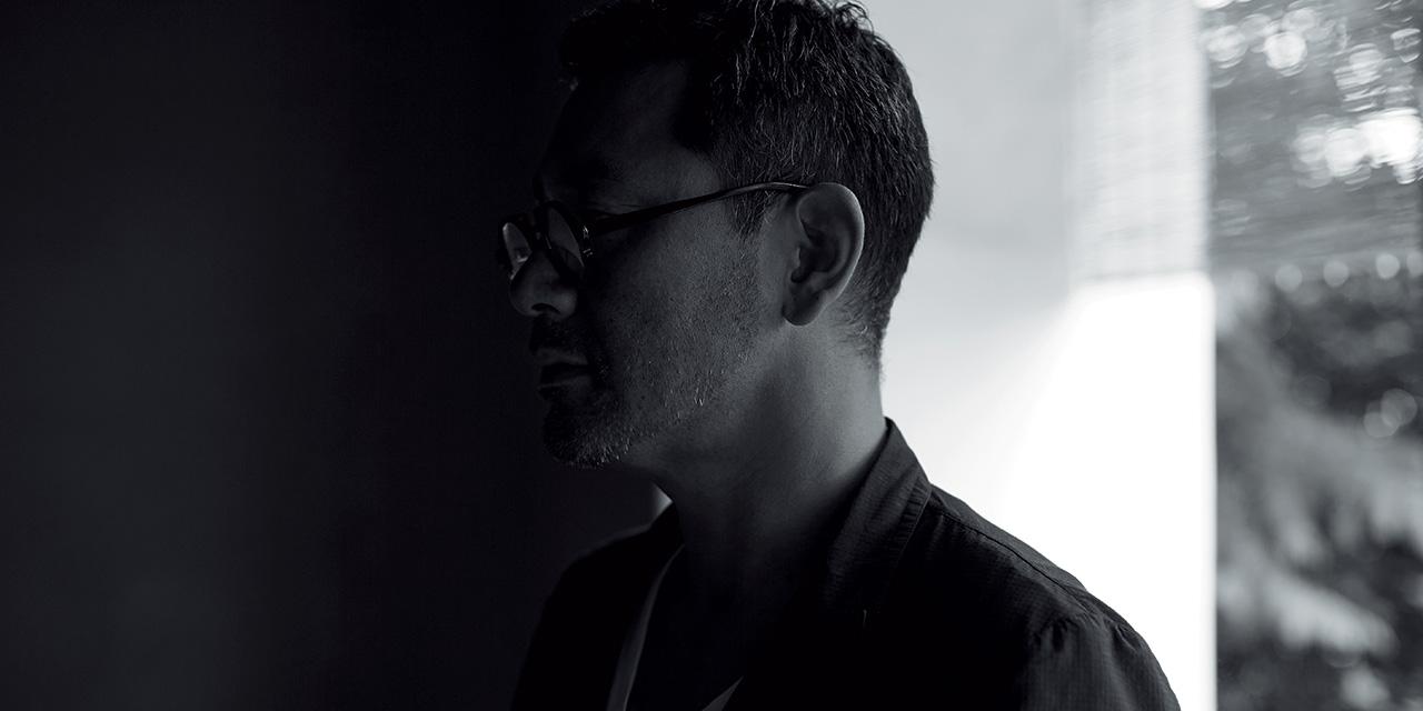정교함, 존재감, 고요함, 자연적인 것 그리고 아름다움을 향한 집요함. 오가타 신이치로(Ogata Shinichiro)의 공간을 경험하고 난 뒤 우리에게 남는 것들이다.