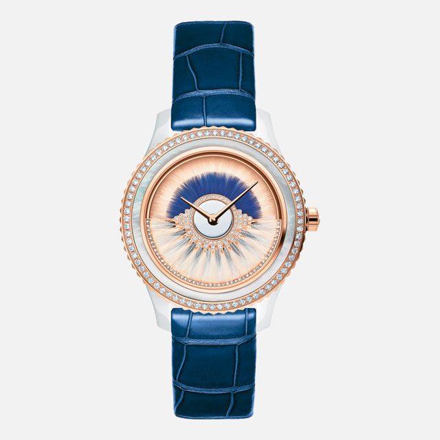 섬세한 깃털 장식이 다이얼 위를 회전하는 예술적인 시계는 가격 미정으로 Dior Timepiece