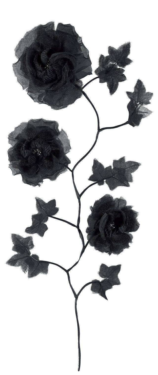 카멜리아 꽃을 모티프로 한 섬세한 헤드피스는 가격 미정으로 Chanel.