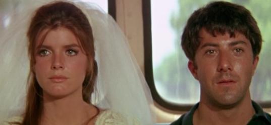 더 이상 행복하지 않은 결혼 생활. 이혼만이 살길이라 생각이 드는 순간은?