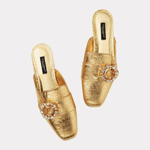자카드 소재의 바로크풍 뮬은 1백9만원으로 Dolce & Gabbana