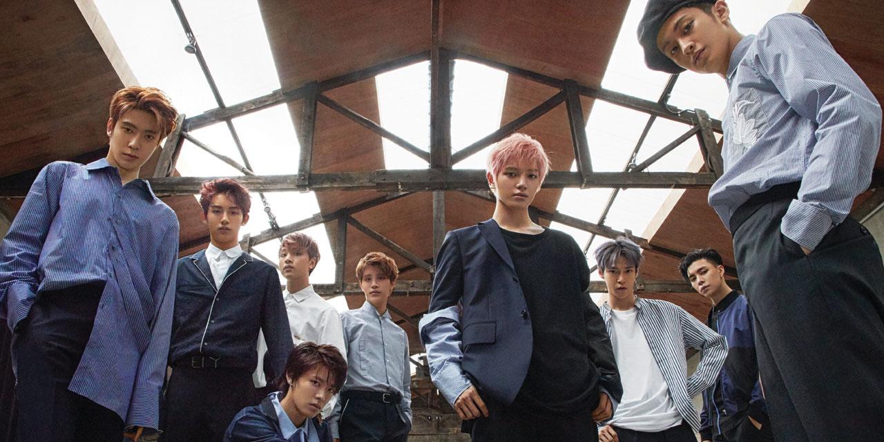 2017년 여름, 슈퍼 루키이자 올해의 발견 NCT 127이 제대로 터졌다. 문제적 앨범 <체리 밤>으로 강도 높은 스트라이크를 날린 아홉 명의 완전체를 만났다.