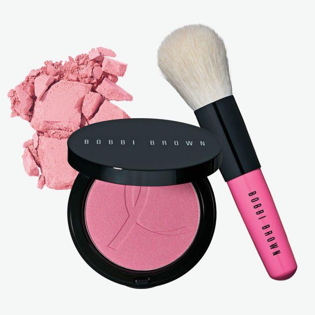 Bobbi Brown 핑크 피어니 일루미네이팅 브론징 파우더와 미니 페이스 블렌더 브러쉬 세트 7만원대.