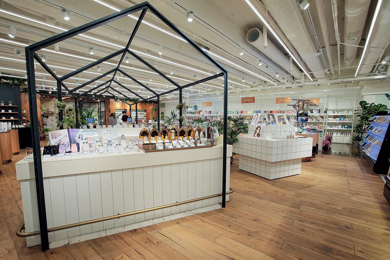 럭셔리, 니치, 트렌디한 K뷰티 브랜드까지, 컨셉트에 맞춰 큐레이팅된 개성 넘치는 뷰티 편집숍 다섯 곳 쇼핑기.