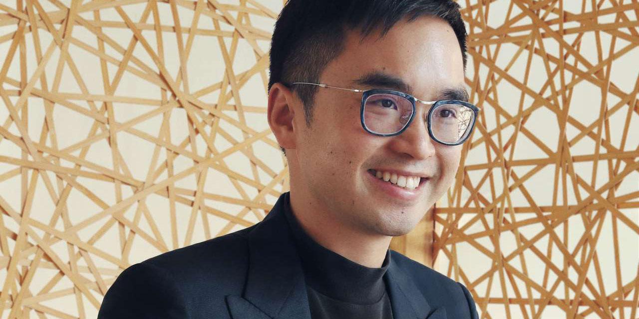 홍콩 재벌 기업의3세이자 오늘날 아트 컬렉터로서의 할 일을 새롭게 정의하는 애드리언 쳉(Adrian Cheng).그가 말하는 예술적 비전.