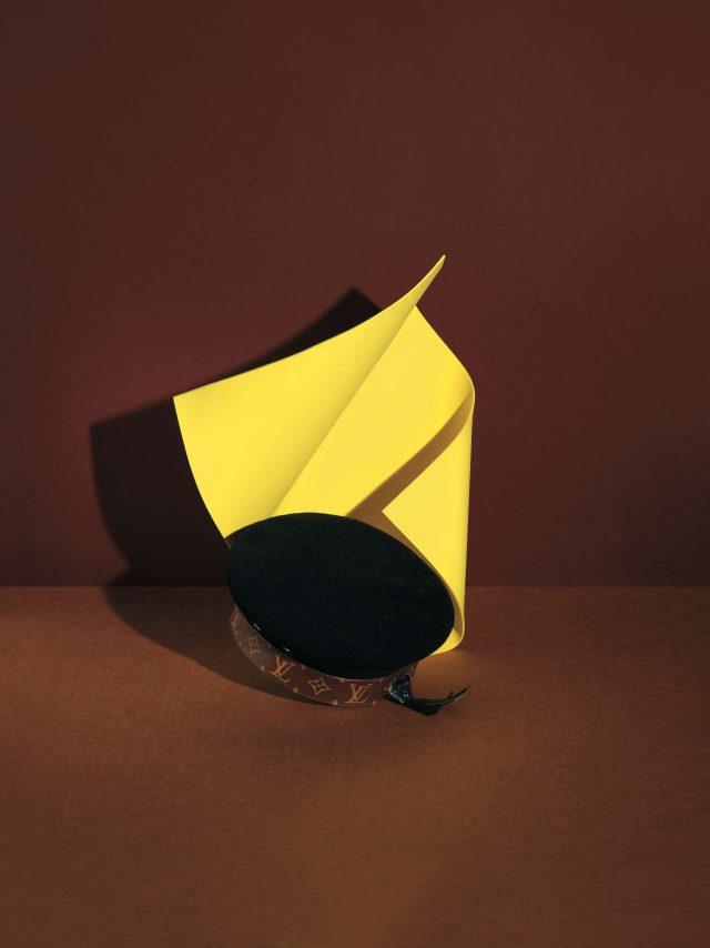 프레피 무드의 귀여운 베레는 74만원으로 Louis Vuitton