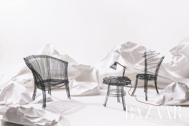 (왼쪽부터) 'Drawing Series'_Armchair#2,Side Table#2, Lighting2, Chair4, 2013-2015, Material_Steel
