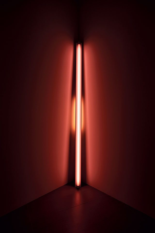 'Untitled', 1969, Pink fluorescent light, 243.8×10.2×25.4cm